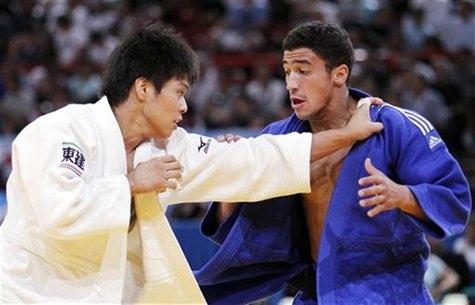 Ragazzo inglese impara il judo per i pokèmon