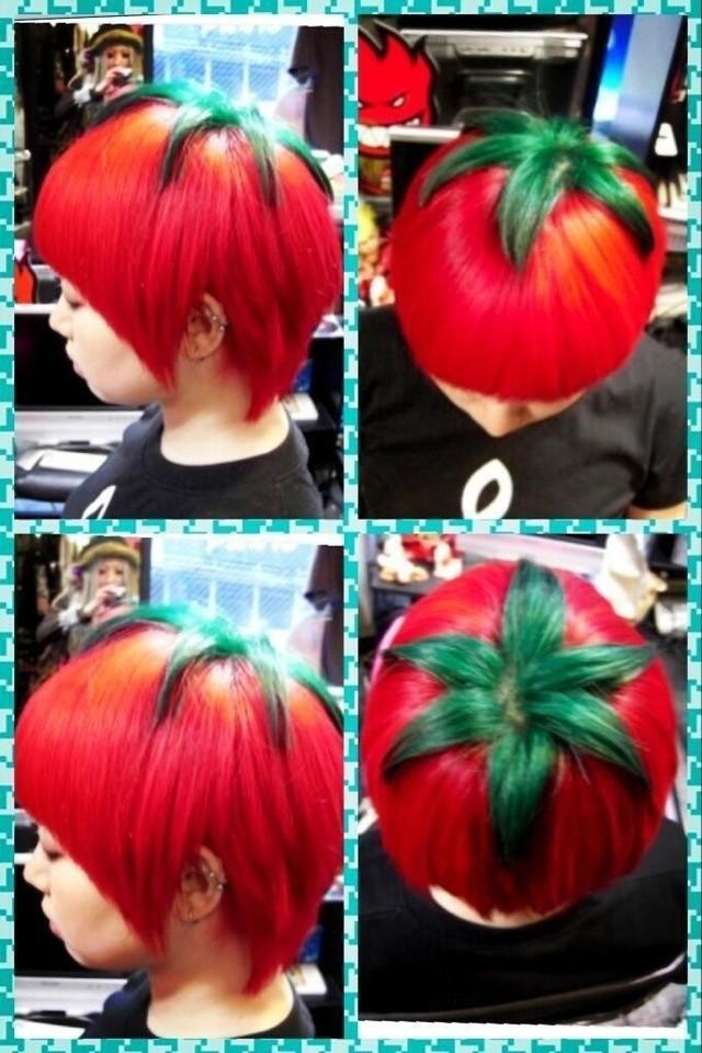 Taglio di capelli stile manga