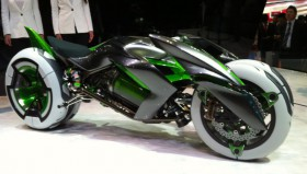 Giappone: Kawasaki svela al mondo la moto del futuro
